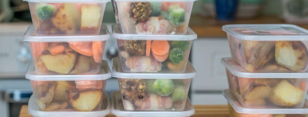 sposoby oszczędzania na jedzeniu