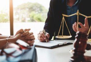 jak wybrać notariusza