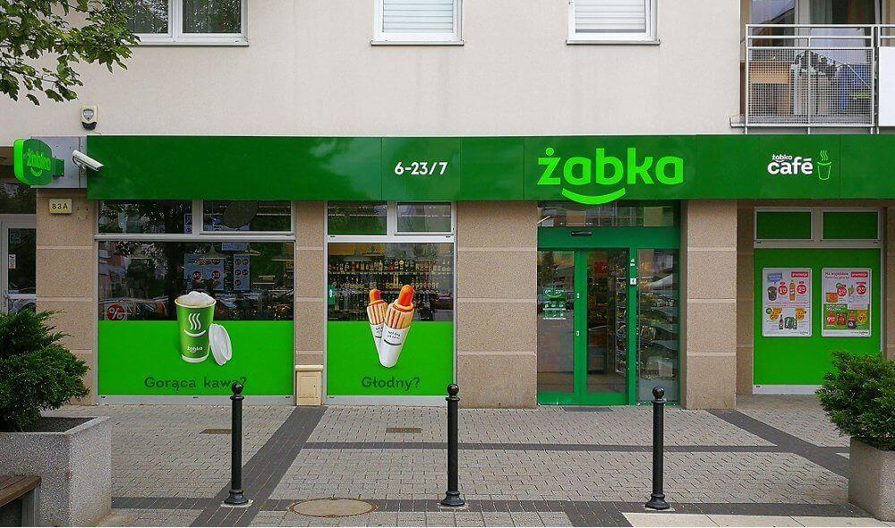 obliczanie zysku z inwestycji w wynajem lokalu użytkowegodla sklepu Żabka