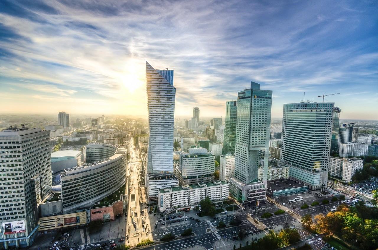 Jak inwestować w mieszkania w Warszawie