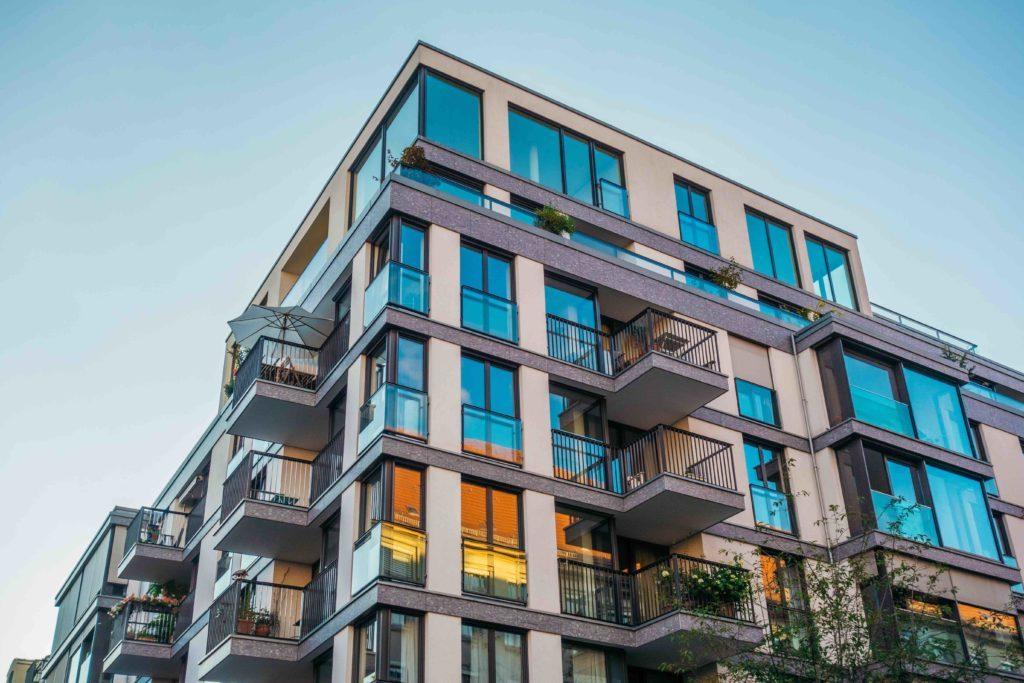 Inwestycje w nieruchomości - nadal opłacalne?