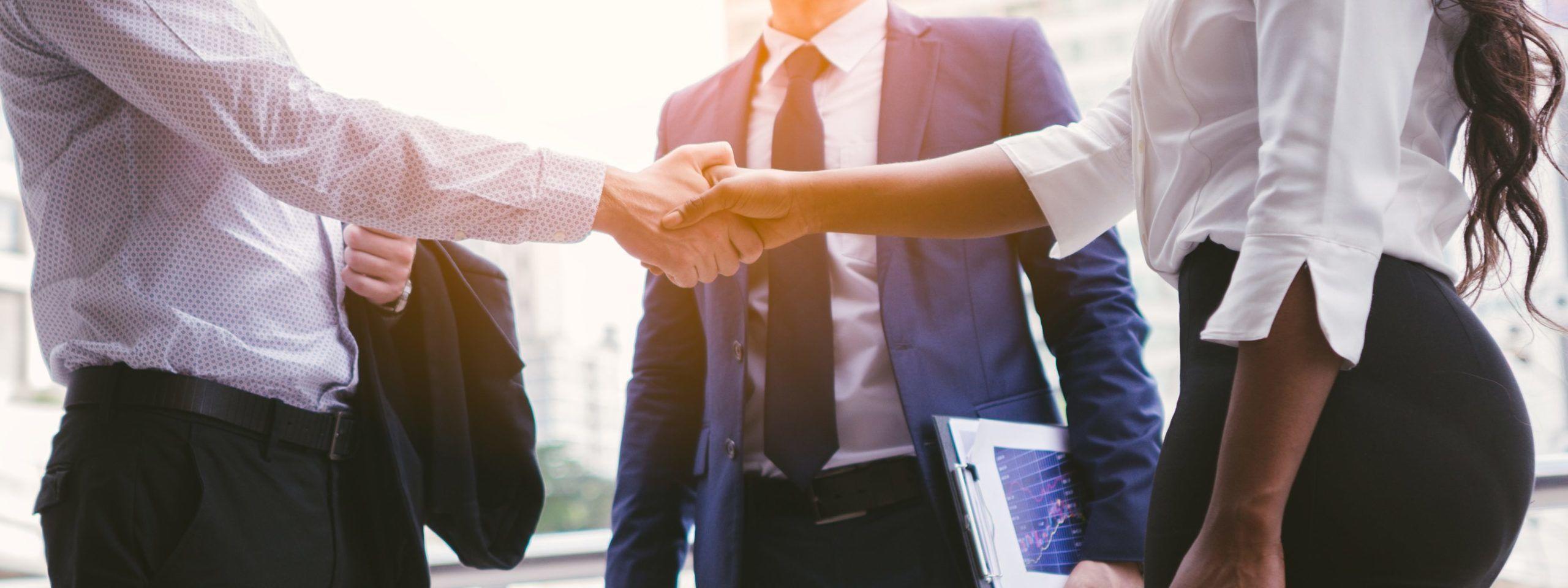 Pośrednik nieruchomości komercyjnych - jak może pomóc w inwestowaniu ?