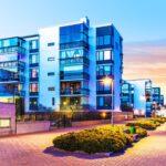 Jak inwestować w nieruchomości przez crowdfunding udziałowy?