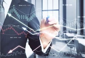 Czy obniżenie stóp procentowych wpływa na rentowność inwestowania w nieruchomości?