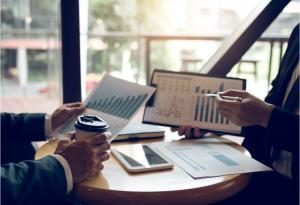 Wycena nieruchomości komercyjnych ‒ na czym polega i jak przebiega?