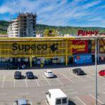 Dlaczego Polacy pokochali retail parki?