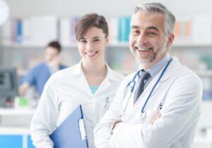 wysokość pensji lekarza