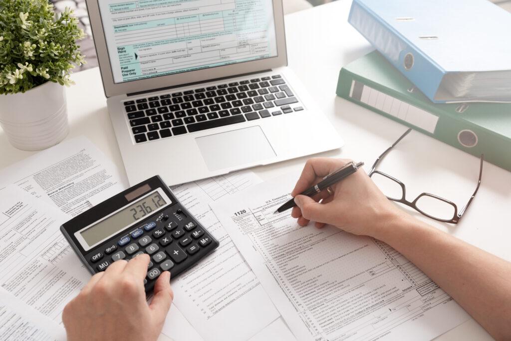 Jak rozliczyć VAT z zakupu lokalu użytkowego?