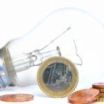 Ceny prądu idą w górę – jak zaoszczędzić na rachunkach?