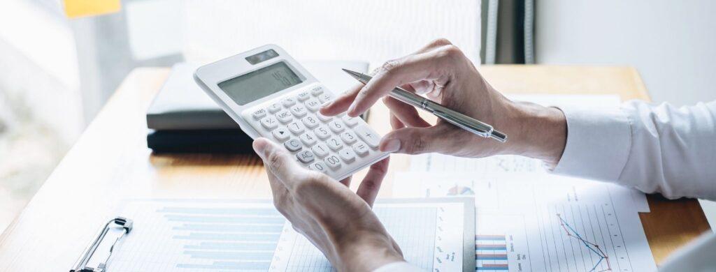 Co składa się na całkowity koszt kredytu hipotecznego?